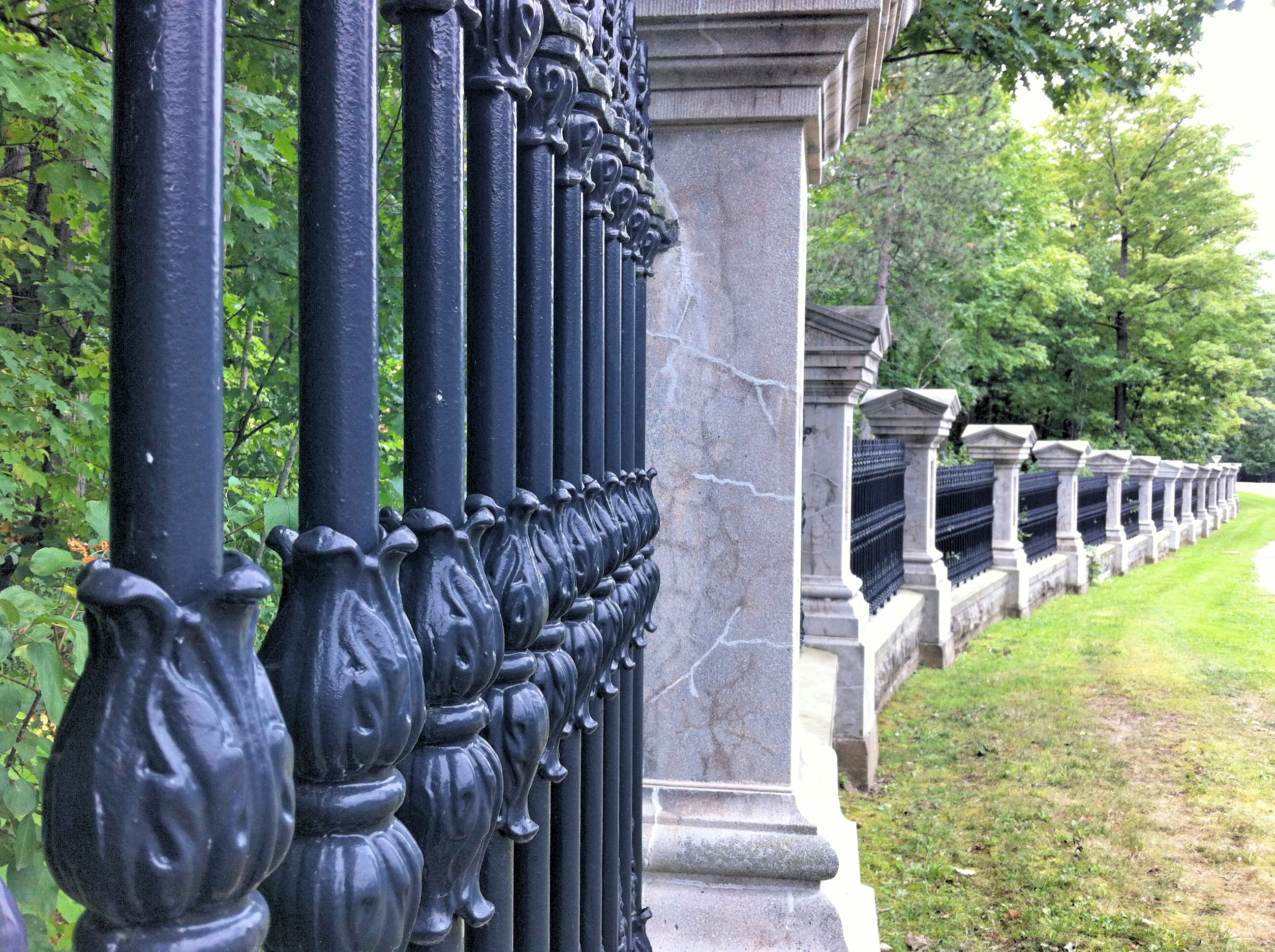 Création De Rideaux Originaux file:rideau hall wrought iron fence and posts along princess