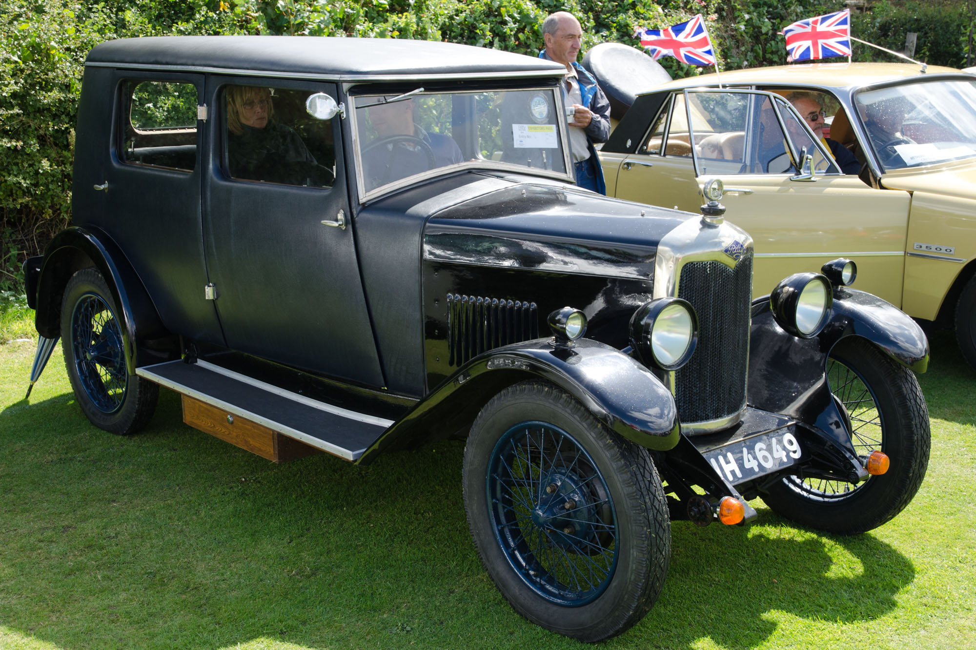File Riley 9 Monaco Saloon 1928 15217604193 Jpg