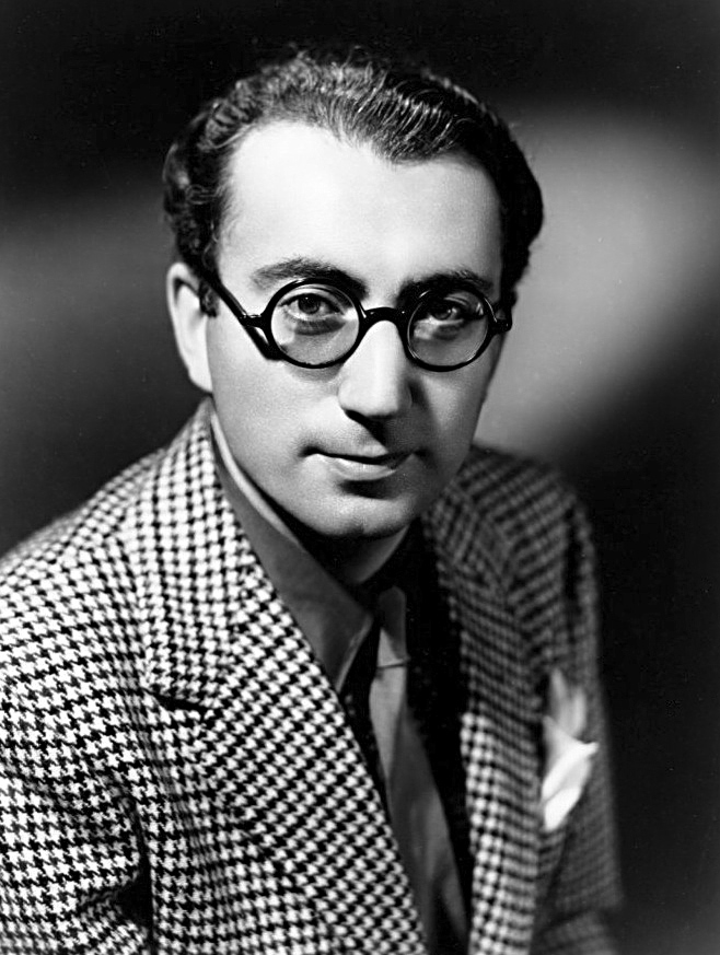 Image of Rouben Mamoulian from Wikidata