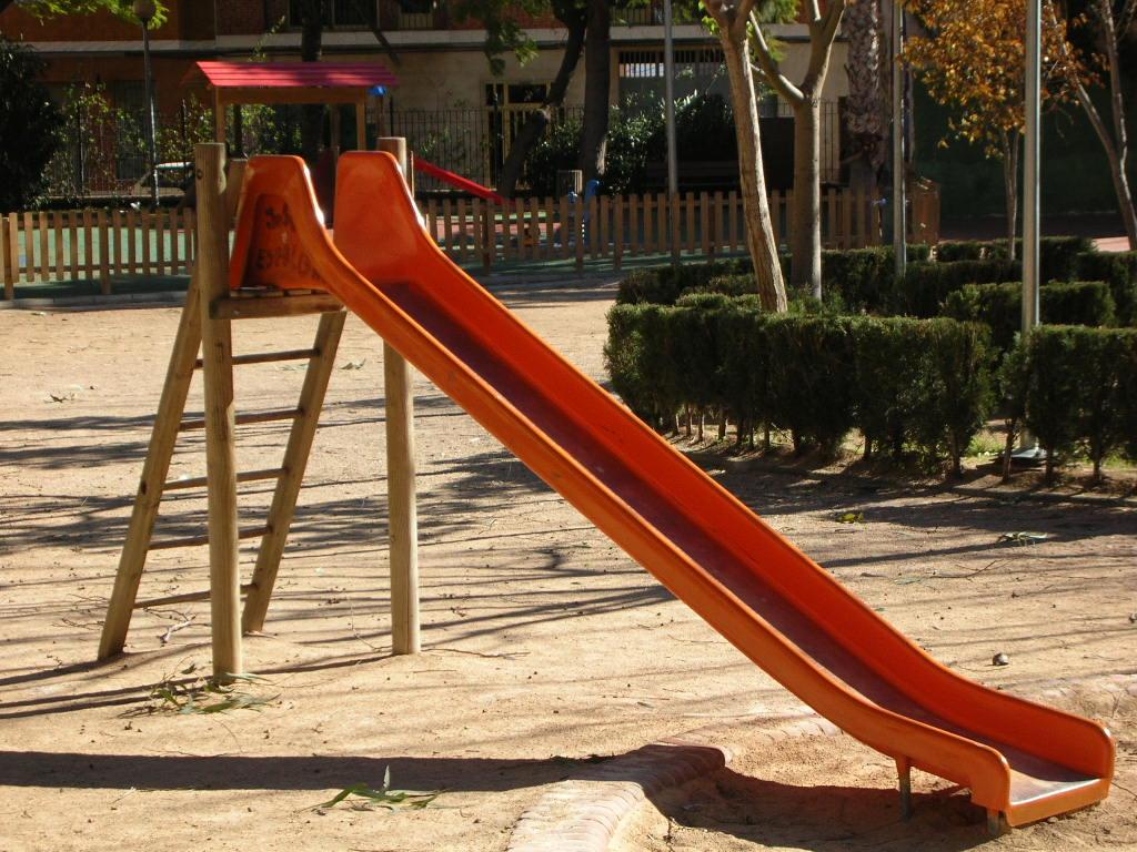 Slide in Parque.jpg