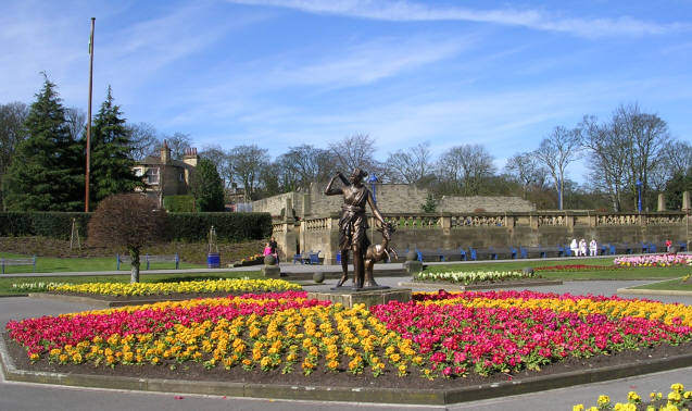Statue in Gardens in Lister Park - geograph.org.uk - 388020
