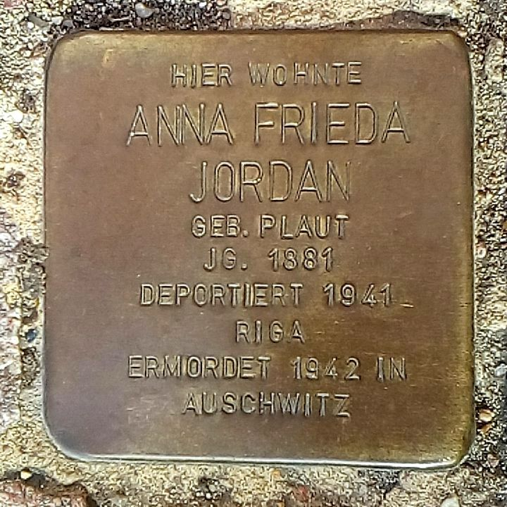 Stolperstein Anna Frieda Jordan in Uelzen.jpg