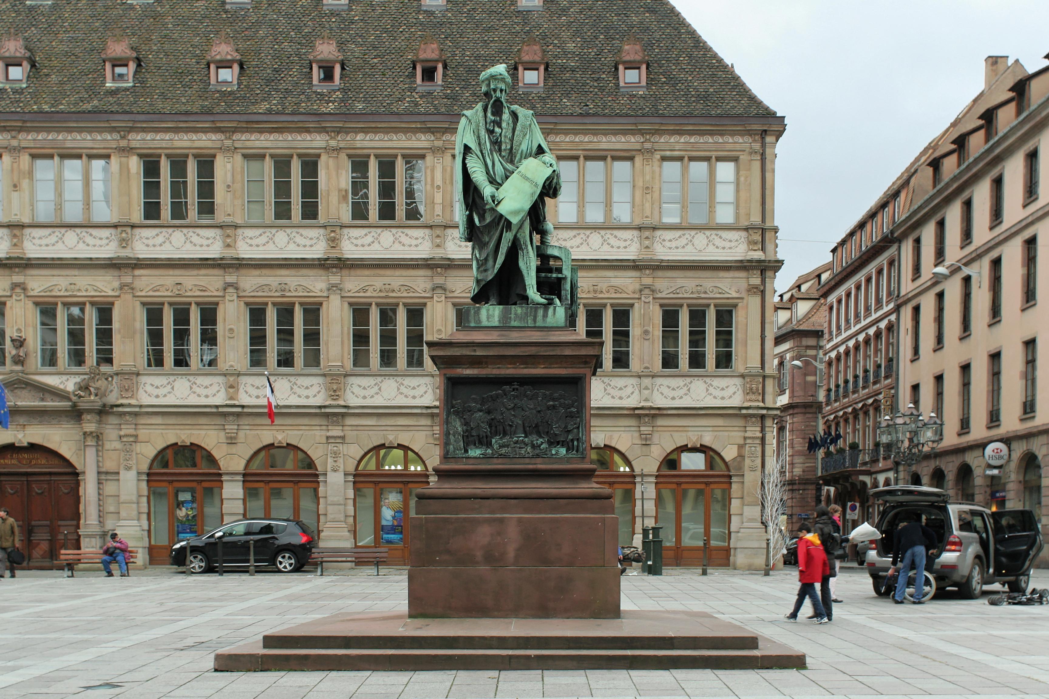 File Strasbourg place Gutenberg statue de Gutenberg David d