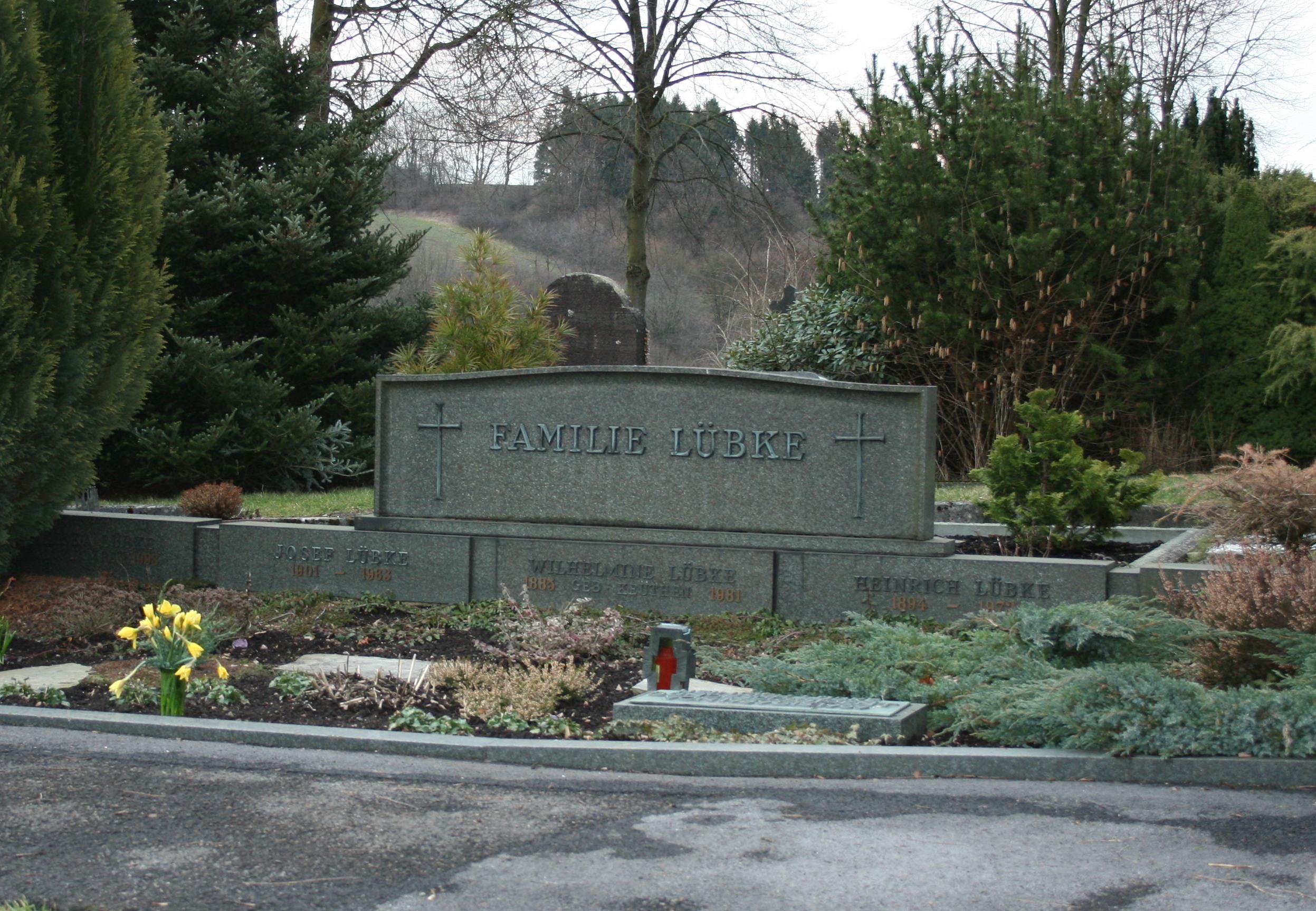 Grab von Heinrich Lübke