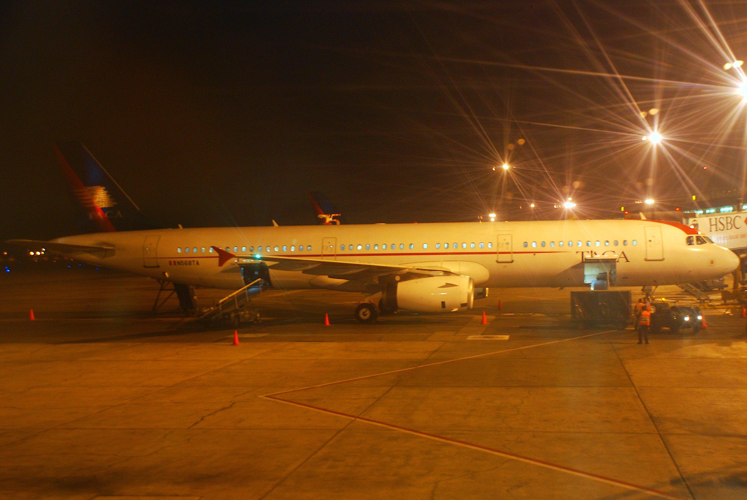 File:TACA Airbus A321-231, N568TA@LIM,30 06 2008-519ao