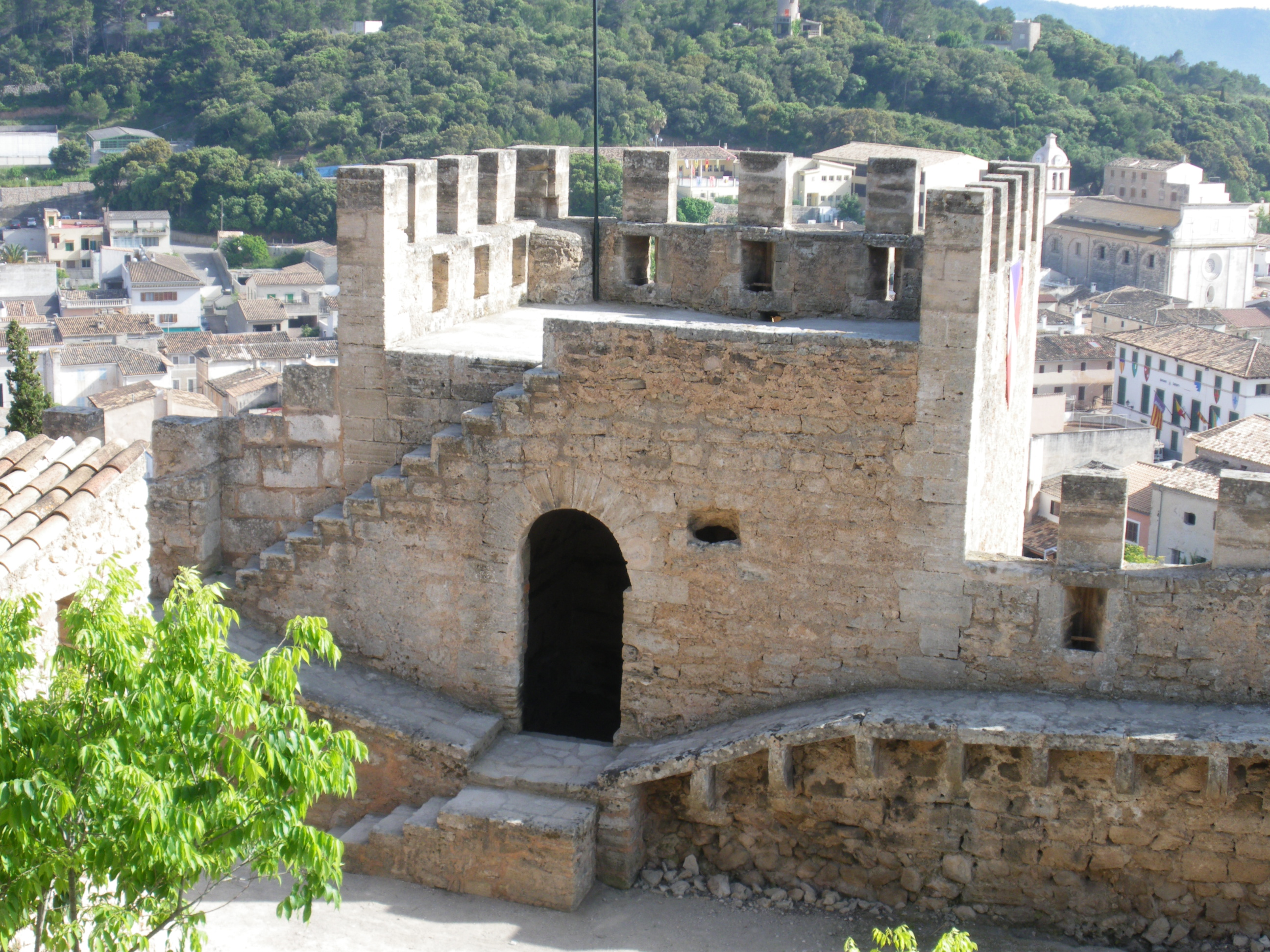 File:Tower Castell de Capdepera.jpg - Wikimedia Commons