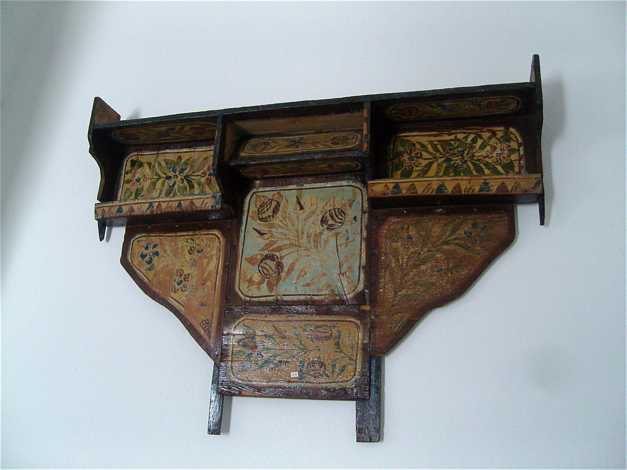 Description Traditional Furniture Sayada