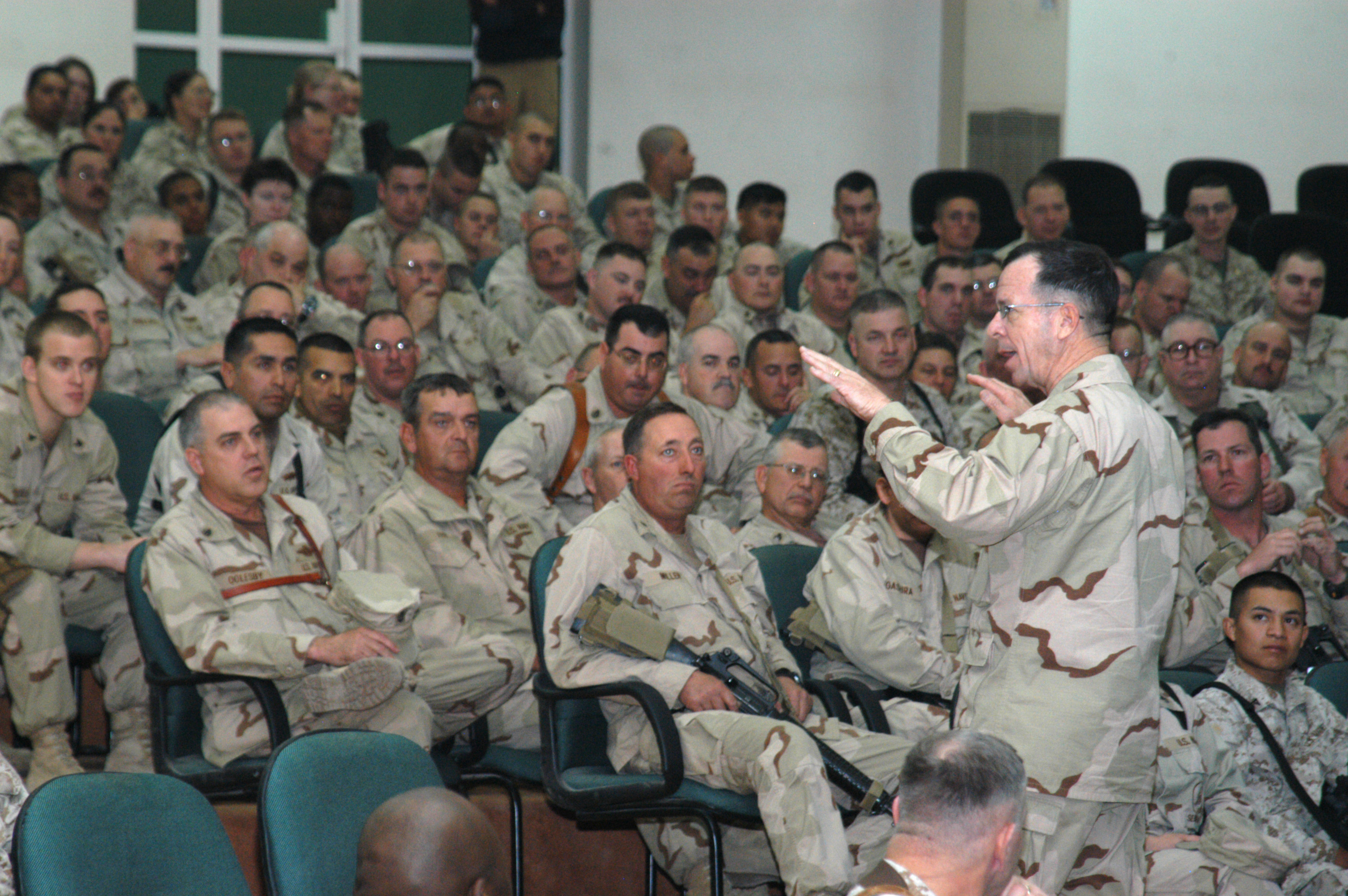 File:US Navy 061222-N-1625W-003 The Chief of Naval ...