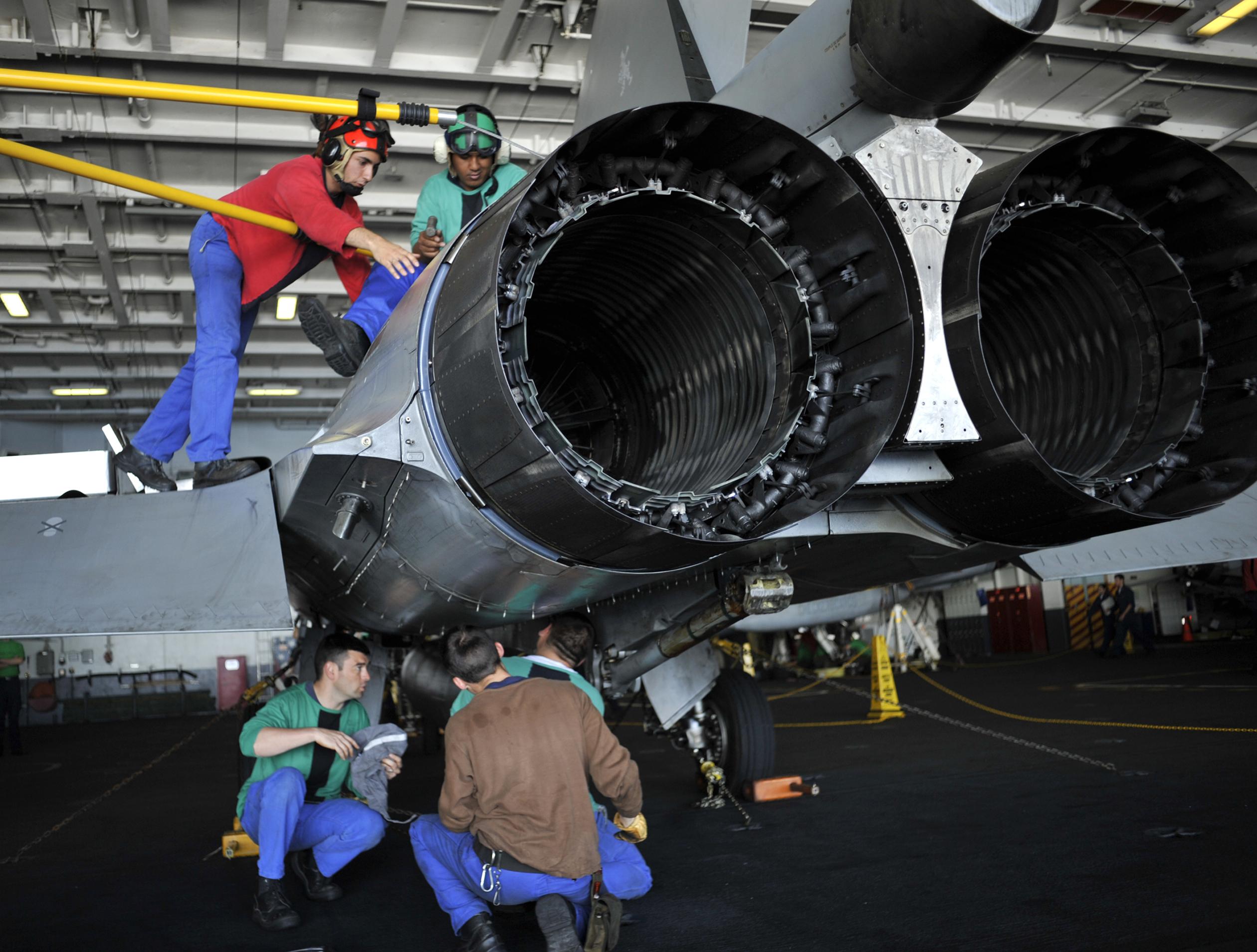 Air Craft Mechanic School Van Nuys