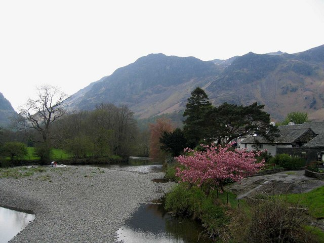 File:View from bridge at Grange in Borrowdale - geograph.org.uk - 172452.jpg