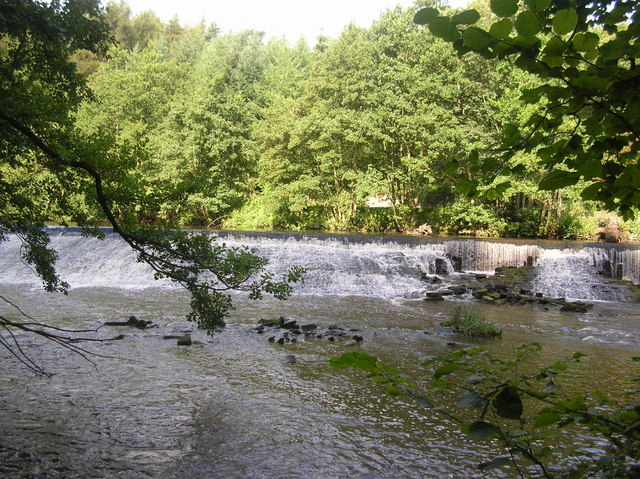 Weir on the Nidd - geograph.org.uk - 234208