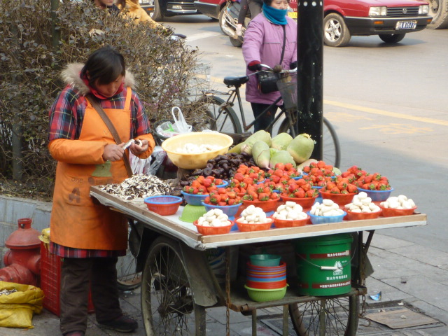 Food Vendors Near Rue Dauphine