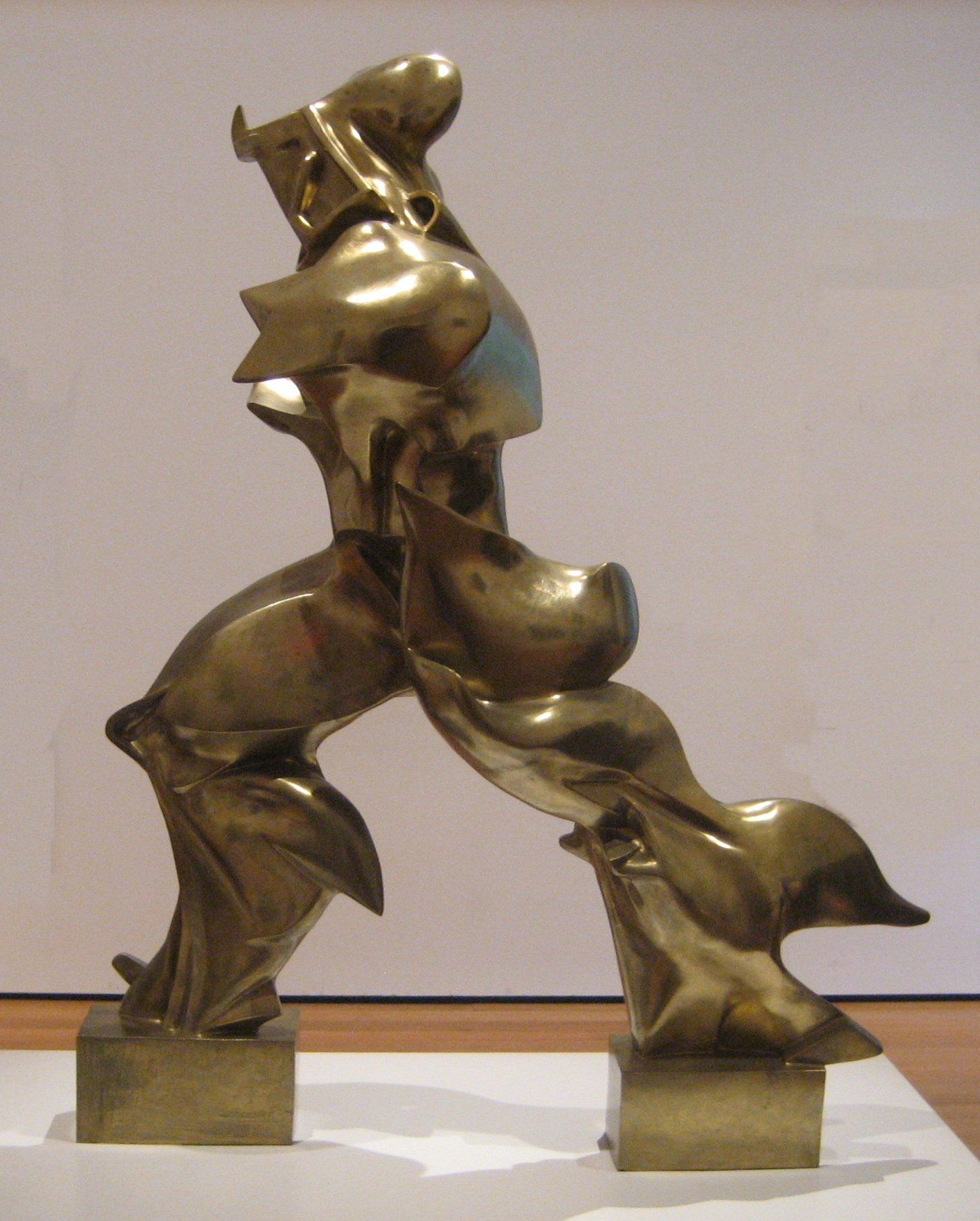 http://upload.wikimedia.org/wikipedia/commons/f/fd/%27Unique_Forms_of_Continuity_in_Space%27%2C_1913_bronze_by_Umberto_Boccioni.jpg