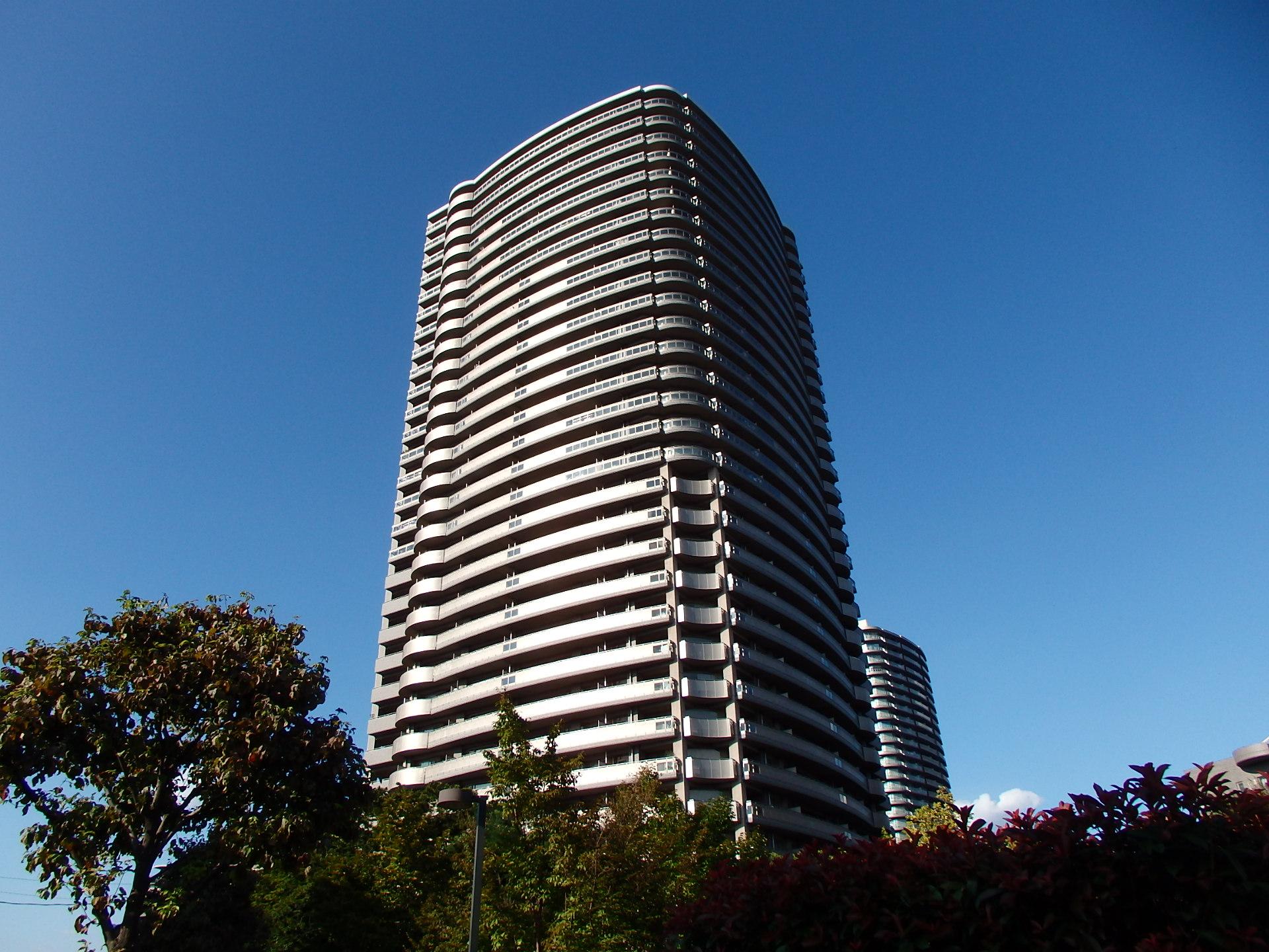 「タワーマンション 駐車場」の画像検索結果