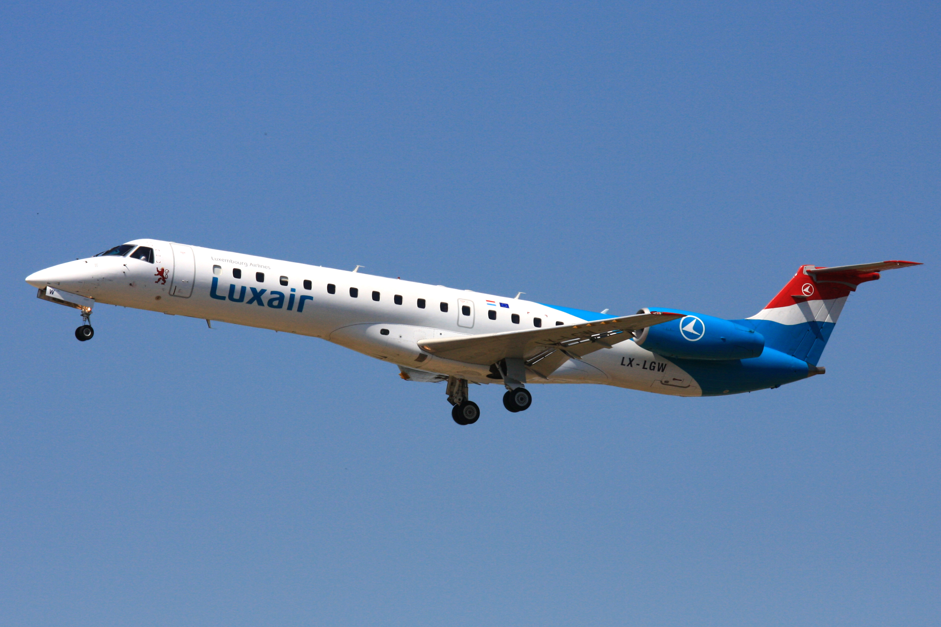 Airline Lyukseyr (Luxair). Sayt.2 officiel