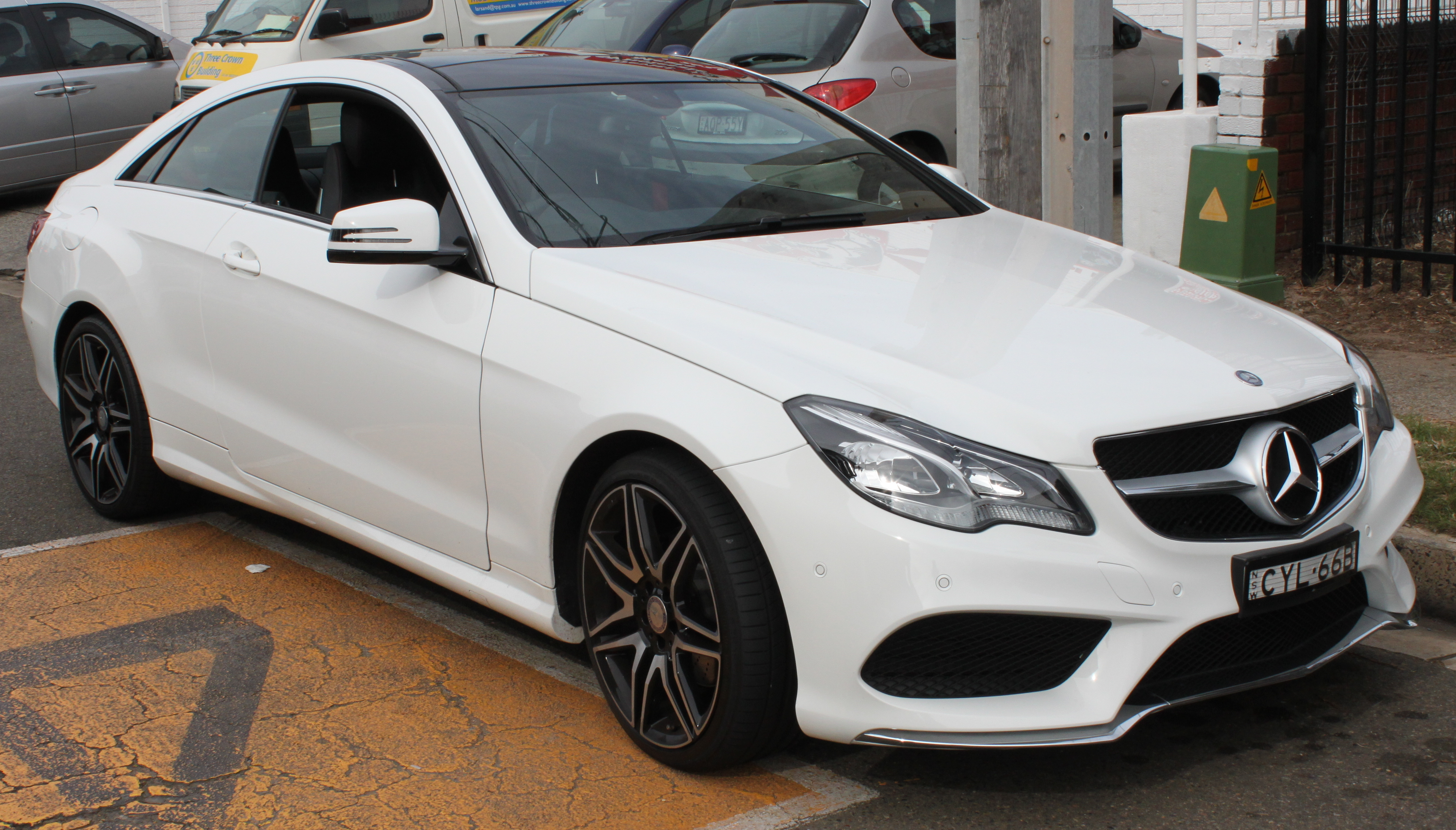 File:2014 Mercedes-Benz E 200 (C 207) coupe (26521312744 ...