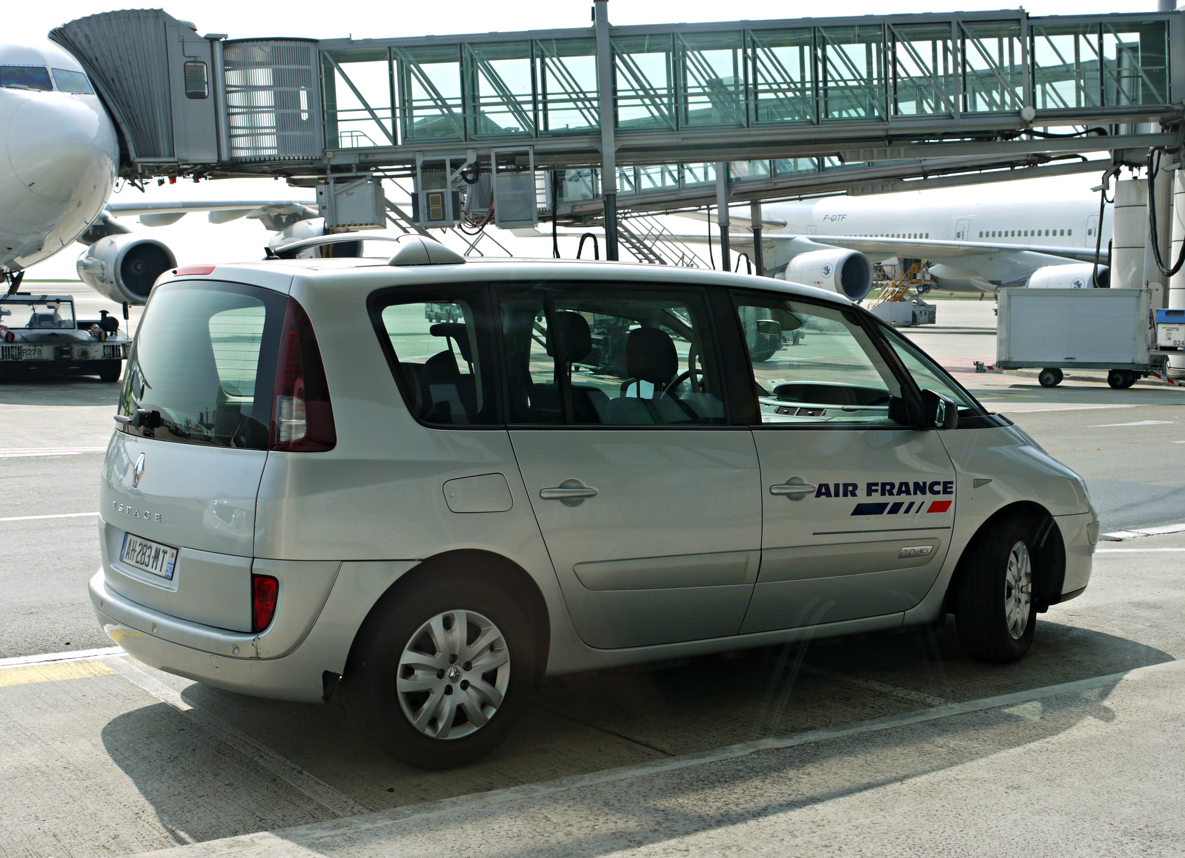 Shuttle Charles De Gaulle To Hotel