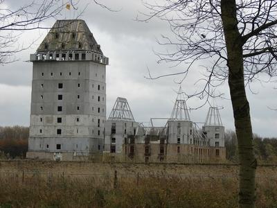 Kasteel Almere werd nooit meer dan de modernste ruïne van Nederland