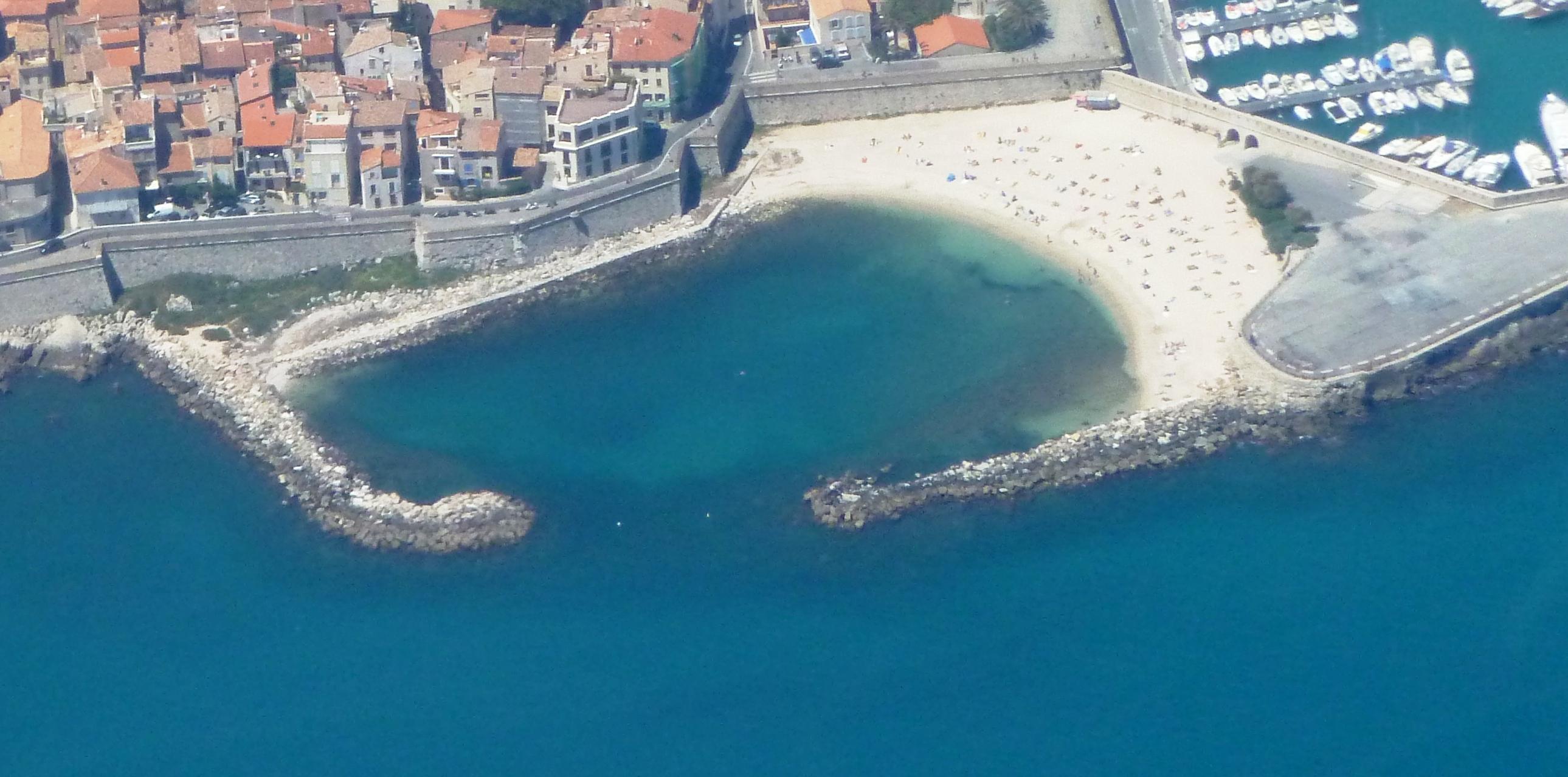 Plage de la Gravette am Hafen von Antibes- Foto von Abxbay vom 24 Mai 2014