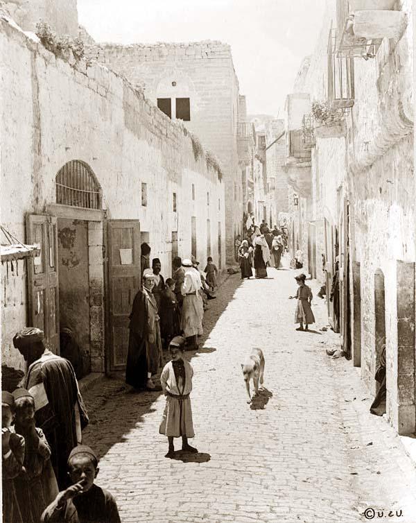 Genealogías de Jesús: Lucas y Mateo - Página 6 Bethlehem_street_1880