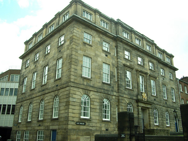 File:Bluecoat School, East Parade, Sheffield - geograph.org.uk - 1472827.jpg