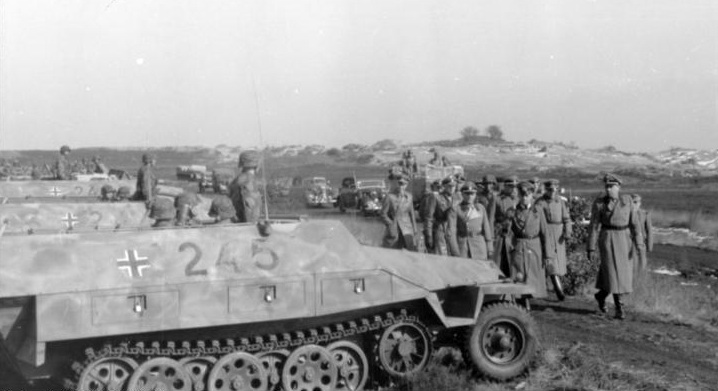 Half-tracks from III./SS-Panzer-Grenadier-Regiment 26 during the inspection
