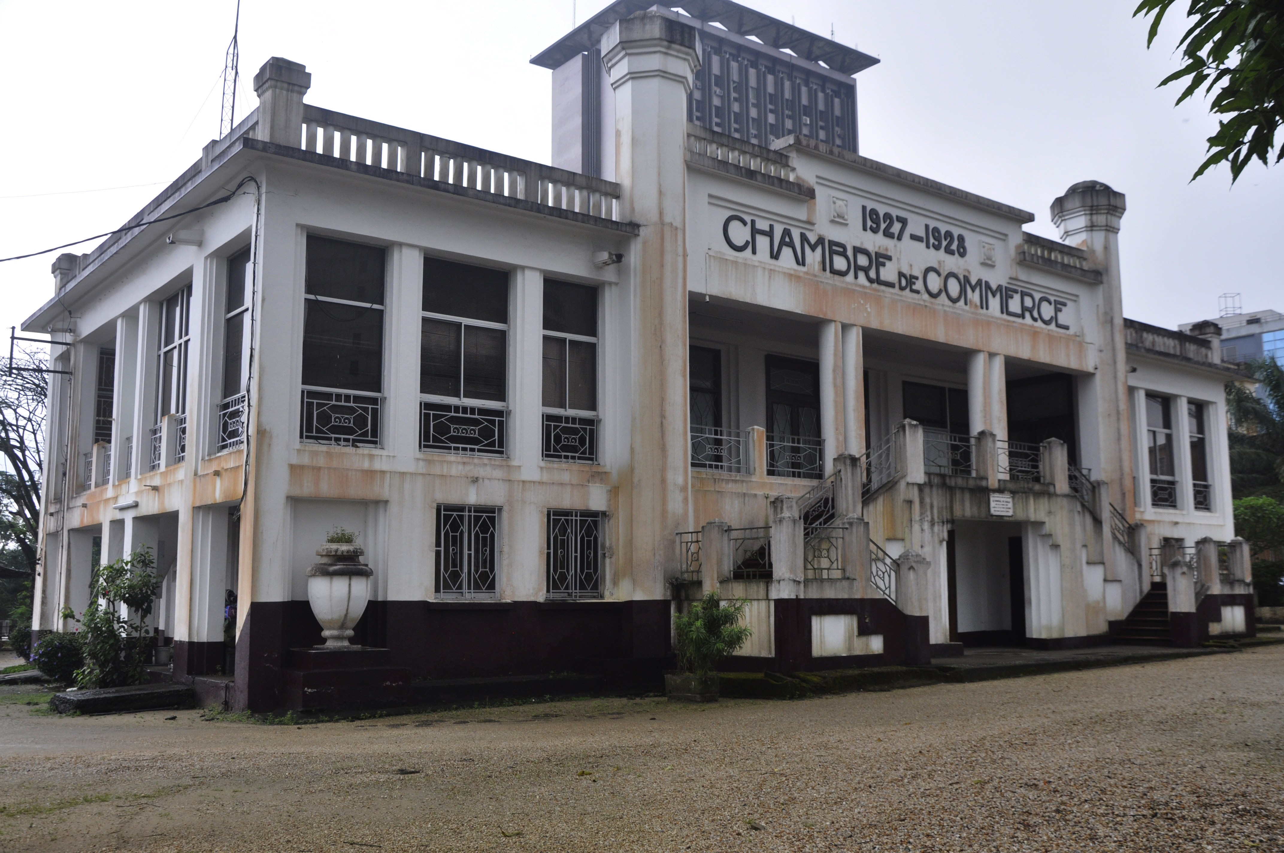 Buildings and structures in douala - Chambre de commerce frejus ...