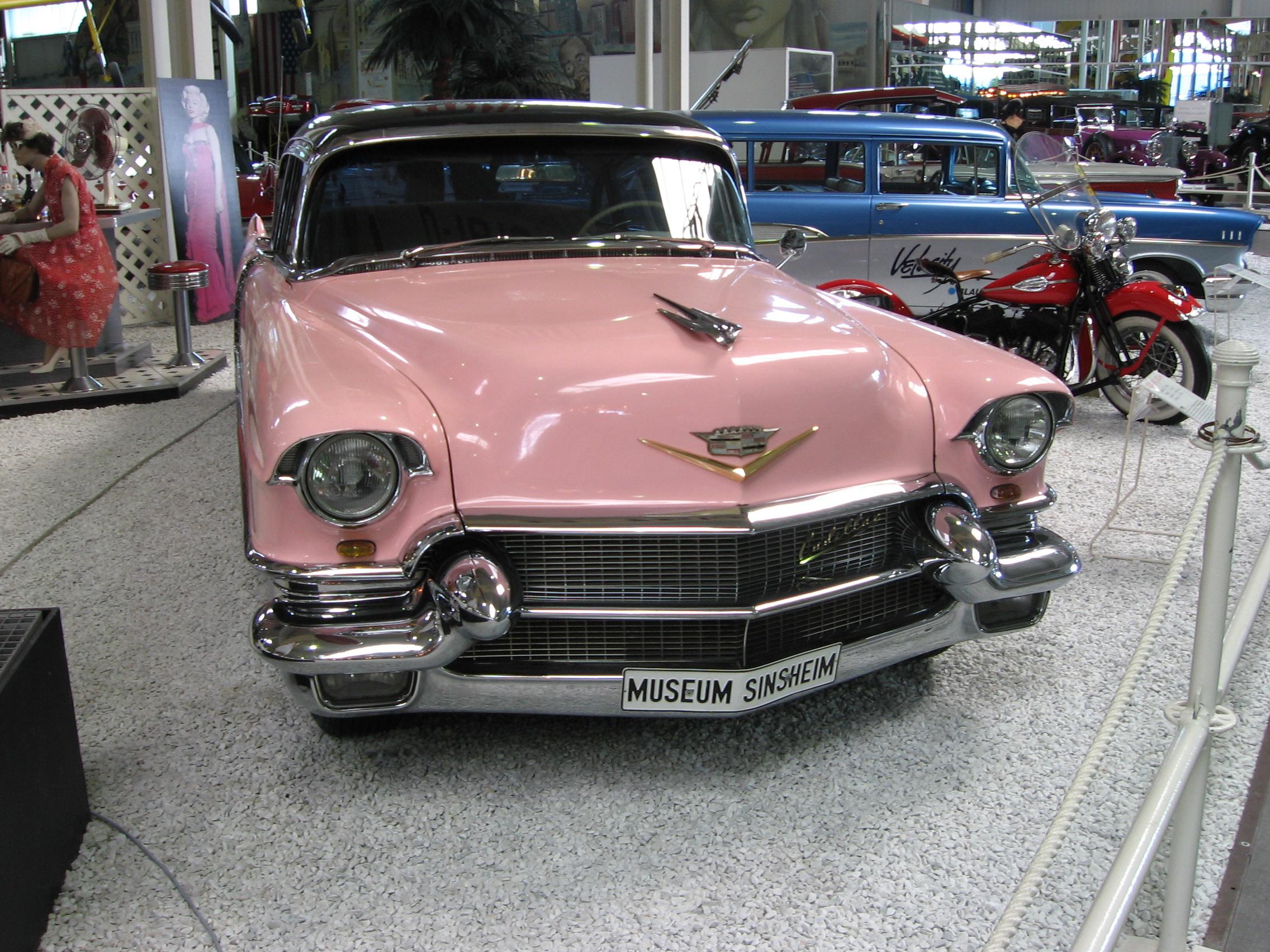 Caddy-Sedan-V8-1956.jpg
