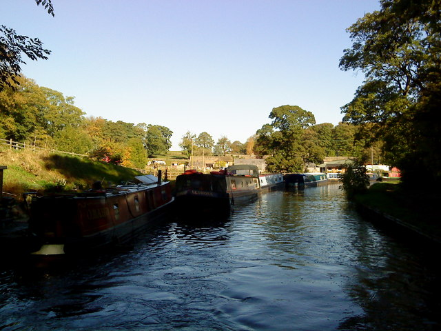 Canal at East Marton - geograph.org.uk - 2117609