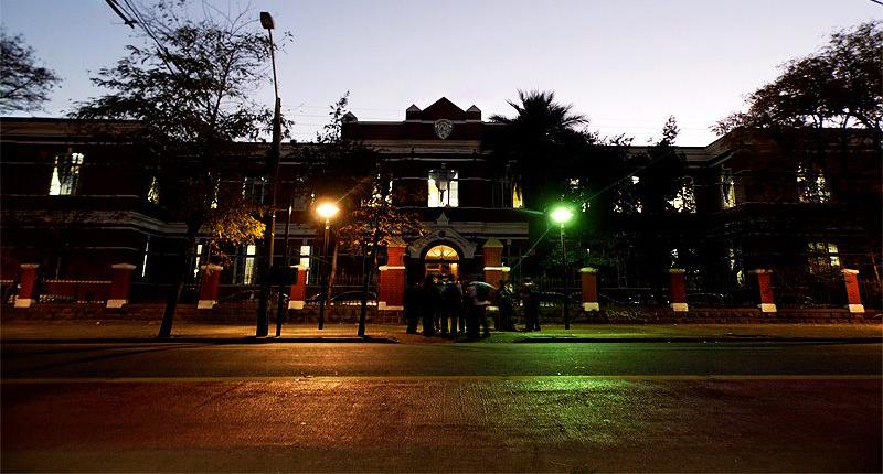 File:Castillo Liceo Manuel Barros Borgoño.jpg