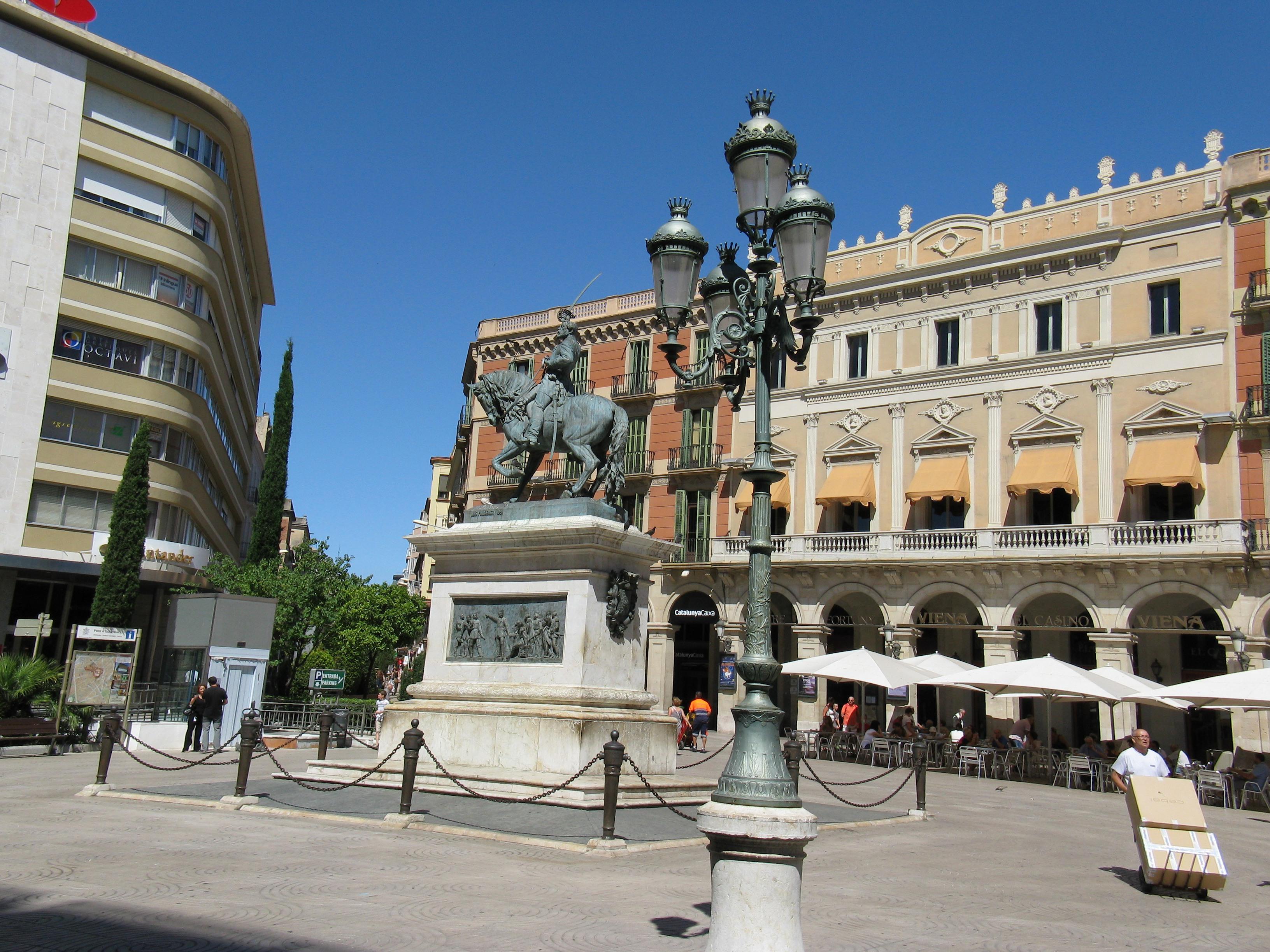 Reus Spain  city photos : Catalunya Reus Monument Joan Prim Wikipedia, the free ...