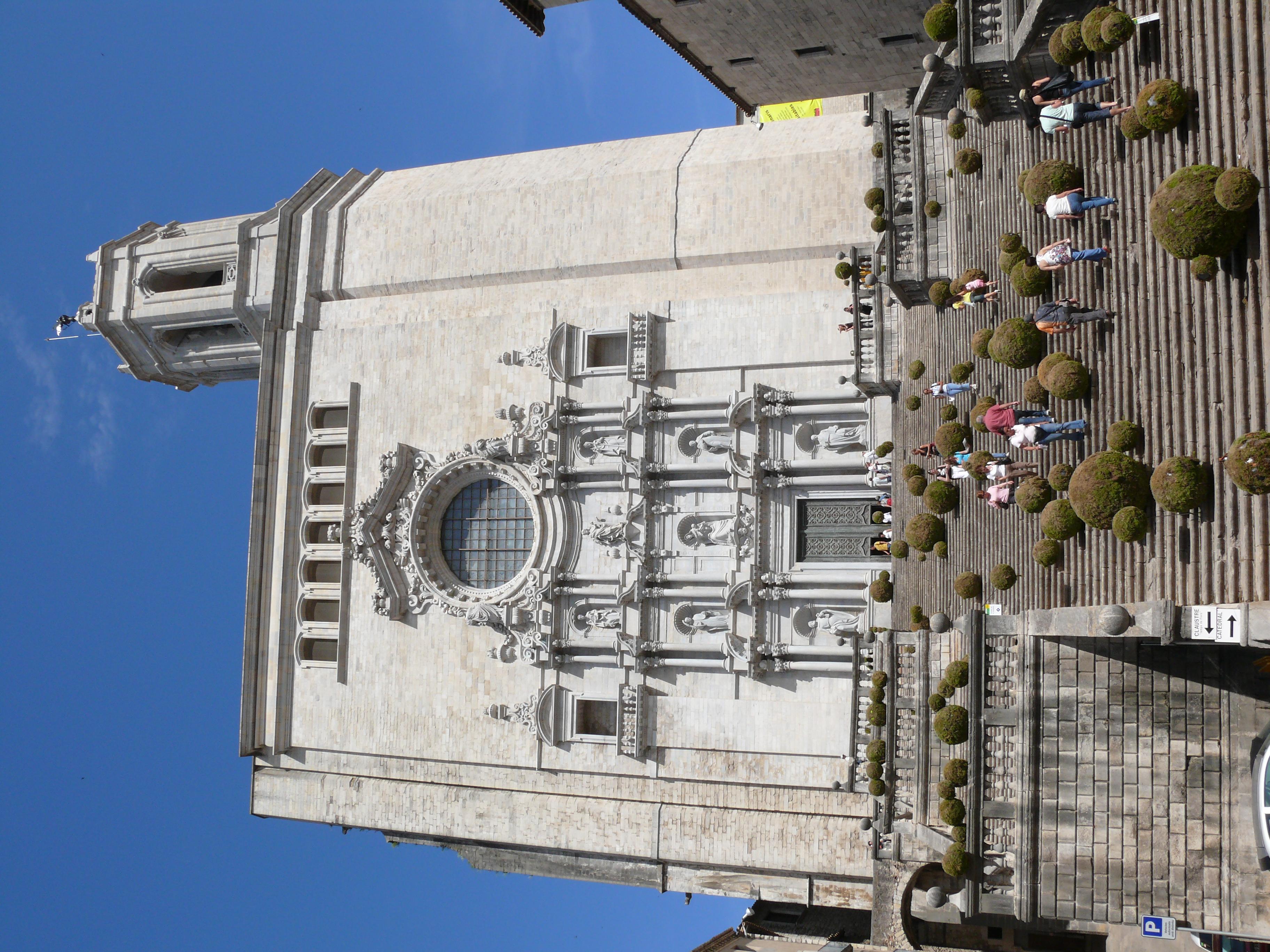 File Catedral De Girona Temps De Flors Jpg Wikipedia