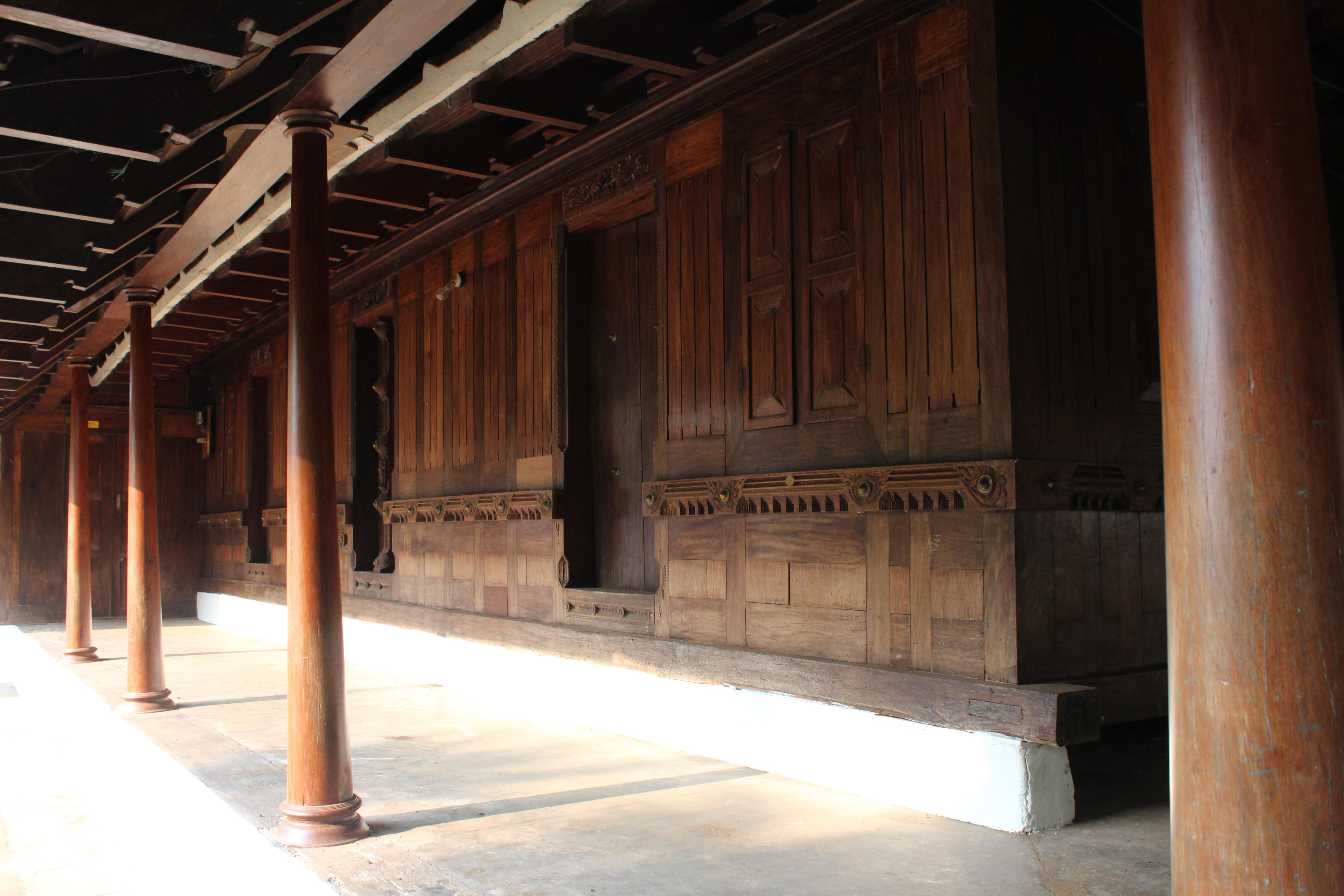 File:Chappamattam Tharavadu.jpg - Wikimedia Commons
