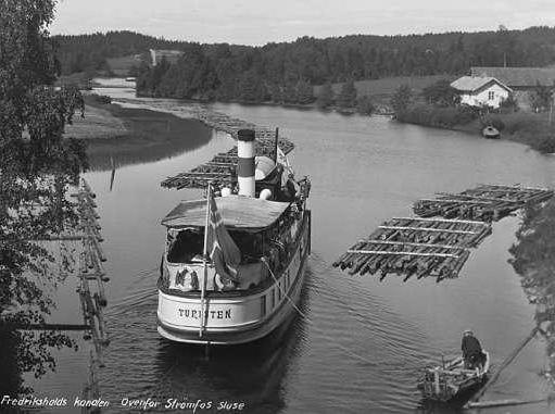 DS Turisten i Kilesjoen 1925