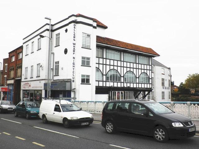 File:Dellers Wharf nightclub, Taunton - geograph.org.uk - 1554177.jpg