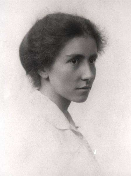 image of Dorothy Garrod