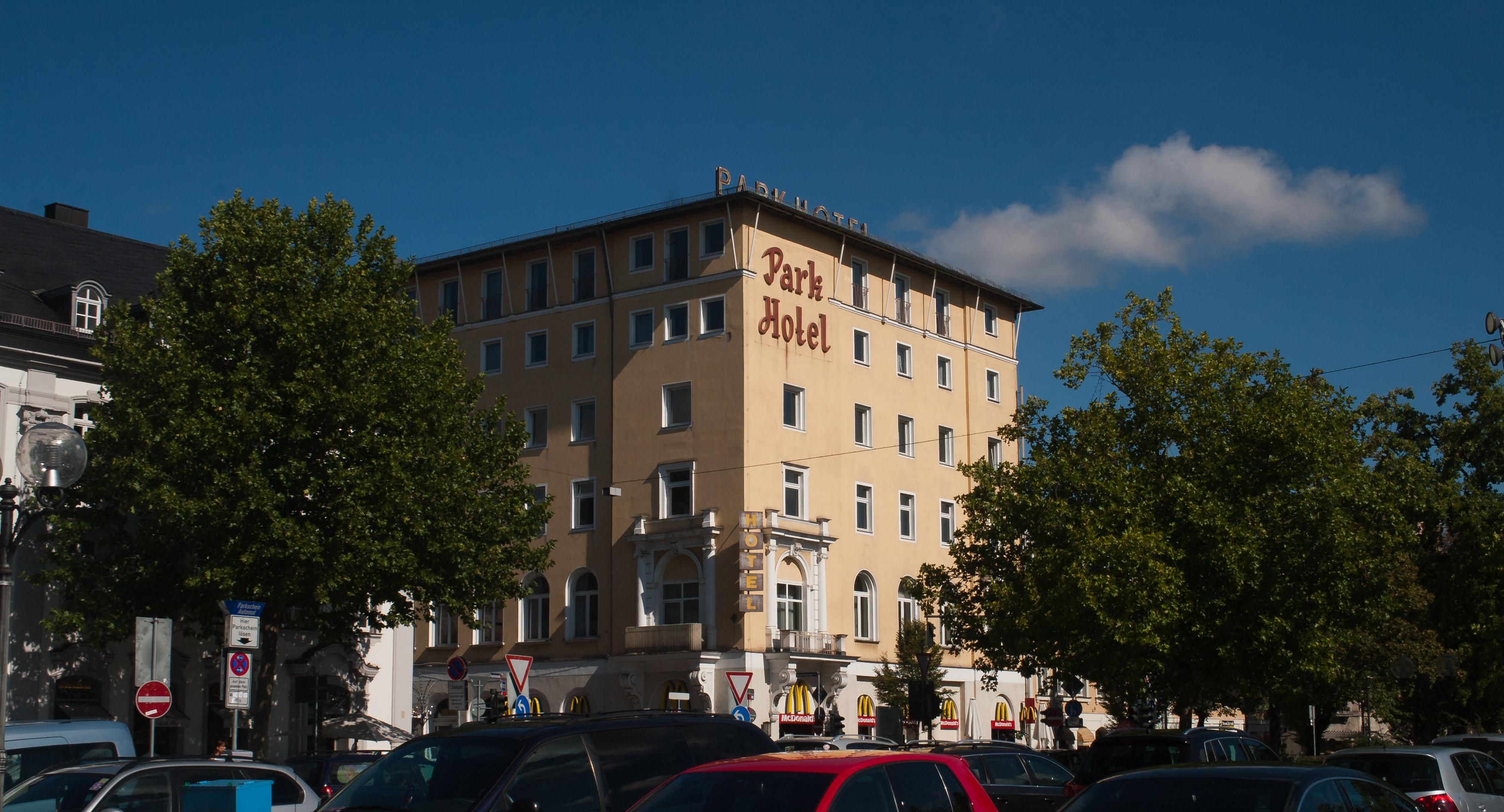 F Ef Bf Bdrth Rudolf Breitscheid Stra Ef Bf Bde Cafe