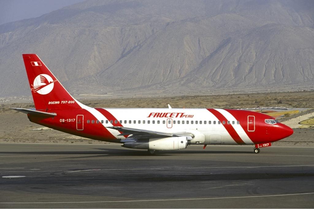 http://upload.wikimedia.org/wikipedia/commons/f/fd/Faucett_Peru_Boeing_737-200_Volpati.jpg