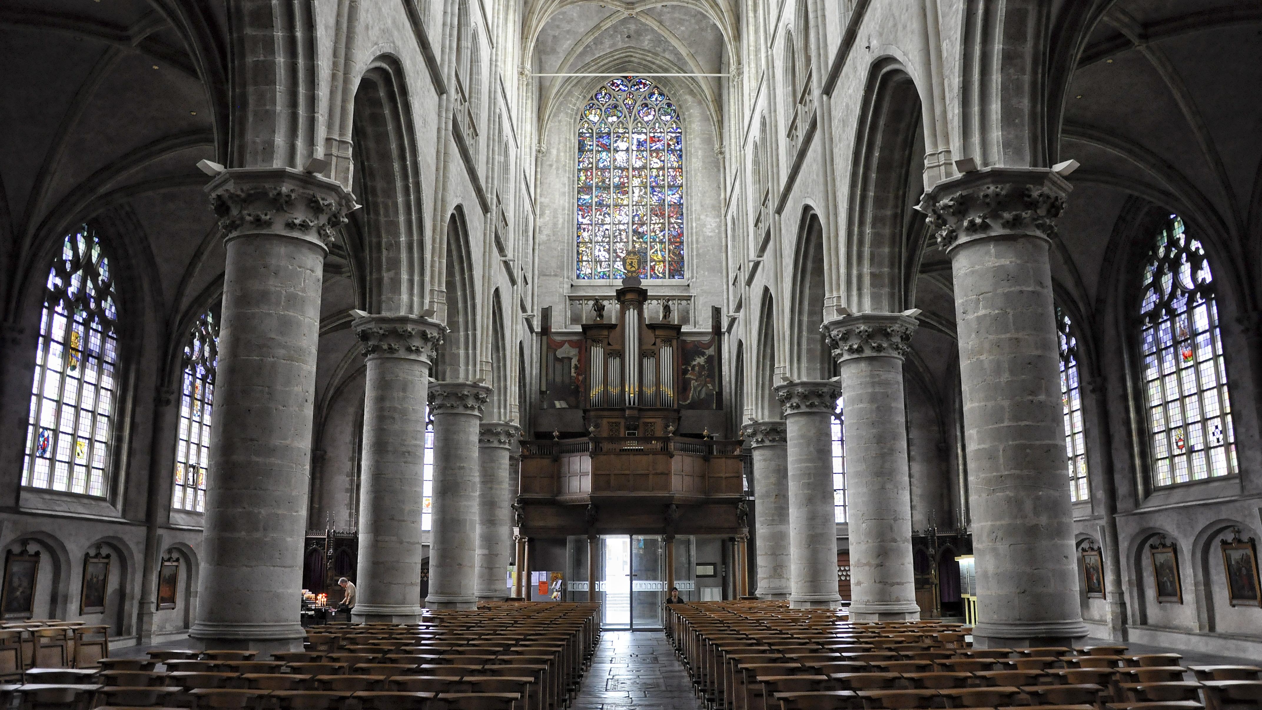 File hulst basiliek orgel 18 06 2012 15 56 for Interieur nederland