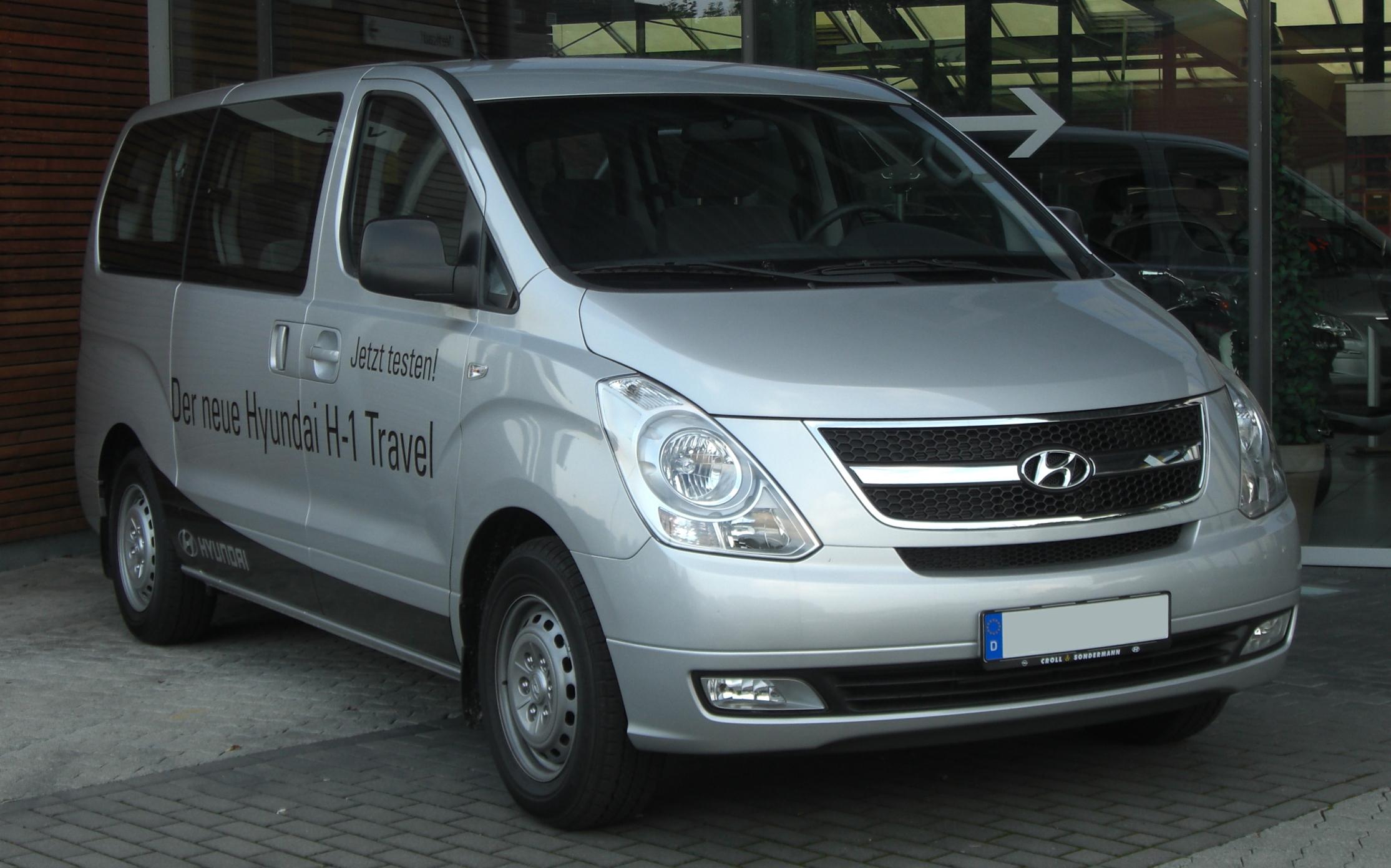 File:Hyundai H1 Front.jpg