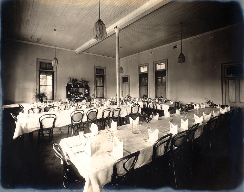 School Dining Room Table Trolleys