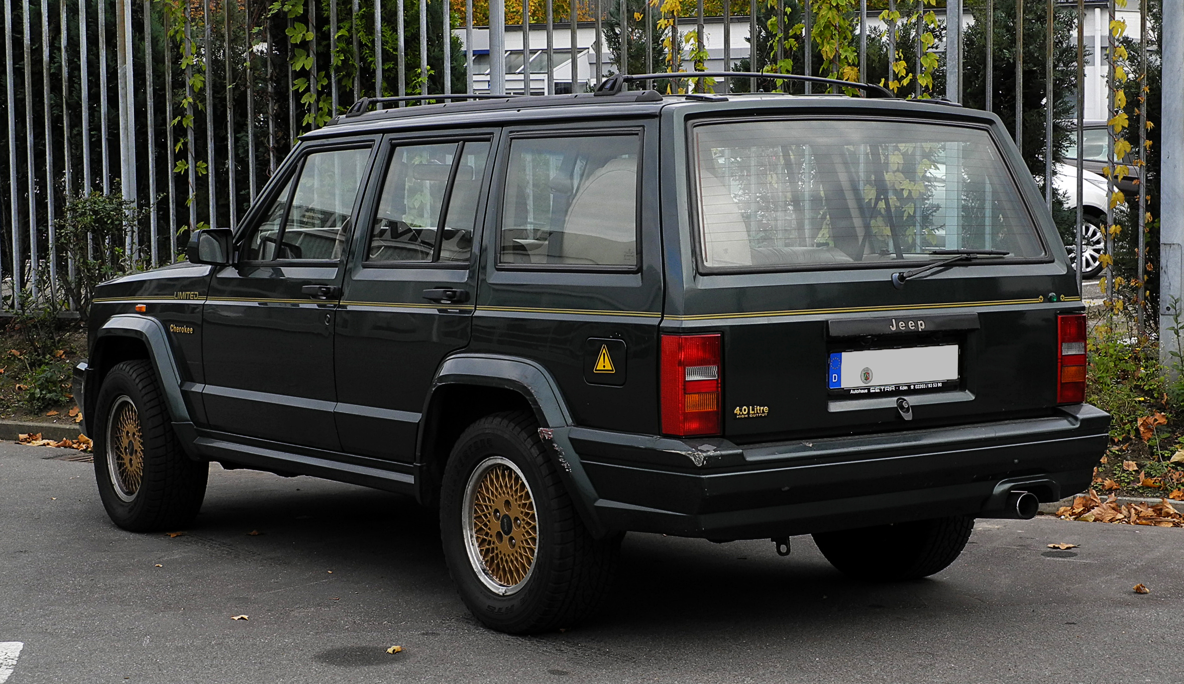 FileJeep Cherokee 40 Litre Limited (XJ, Facelift
