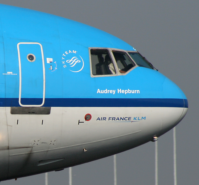 KLM_MD-11_Audrey_Hepburn.jpg