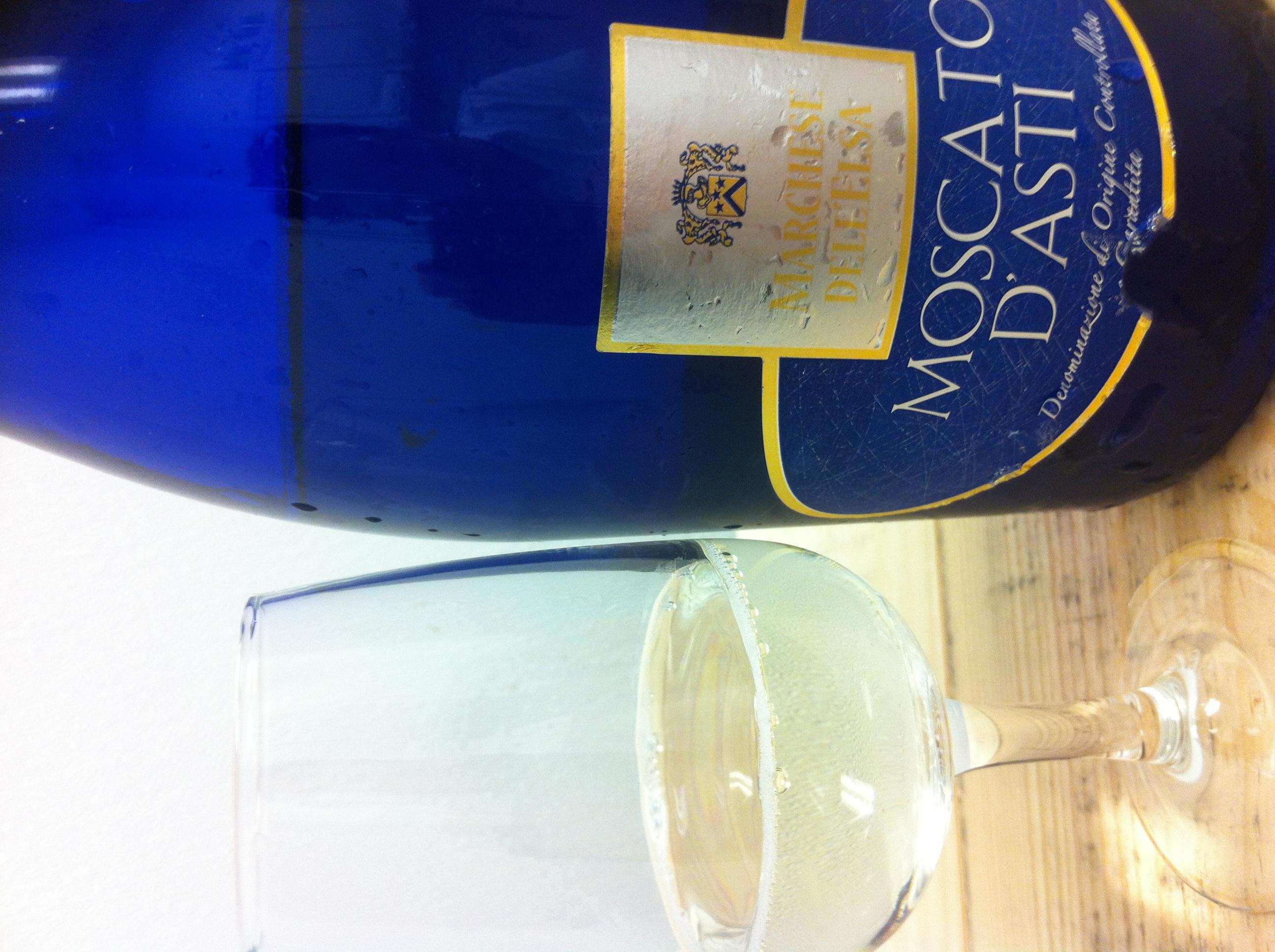 Big Champagne Glass Centerpiece