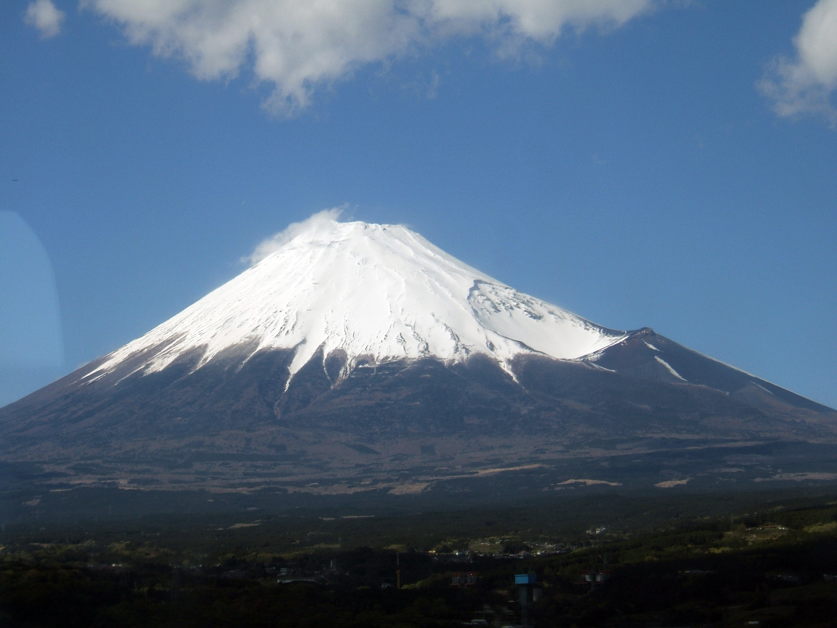 File:Mount Fuji Sanroku.jpg - Wikimedia Commons