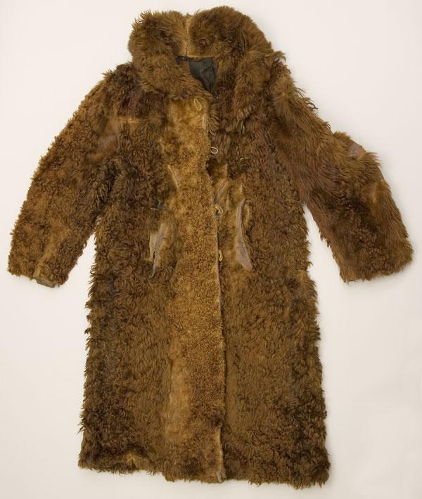 0c8320e7b Buffalo coat - Wikipedia