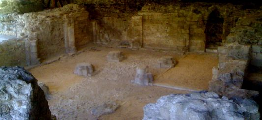 Ruins of Notre Dame Abbey in Argenteuil, XIth and XIIth Century : the crypt