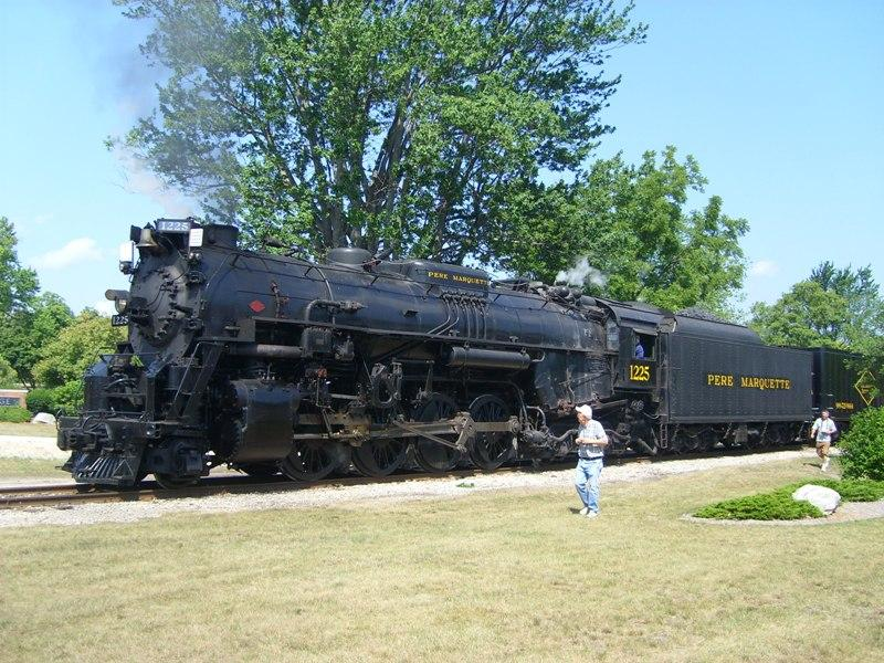 Pere marquette 1225 wikipedia for What is the best polar express train ride