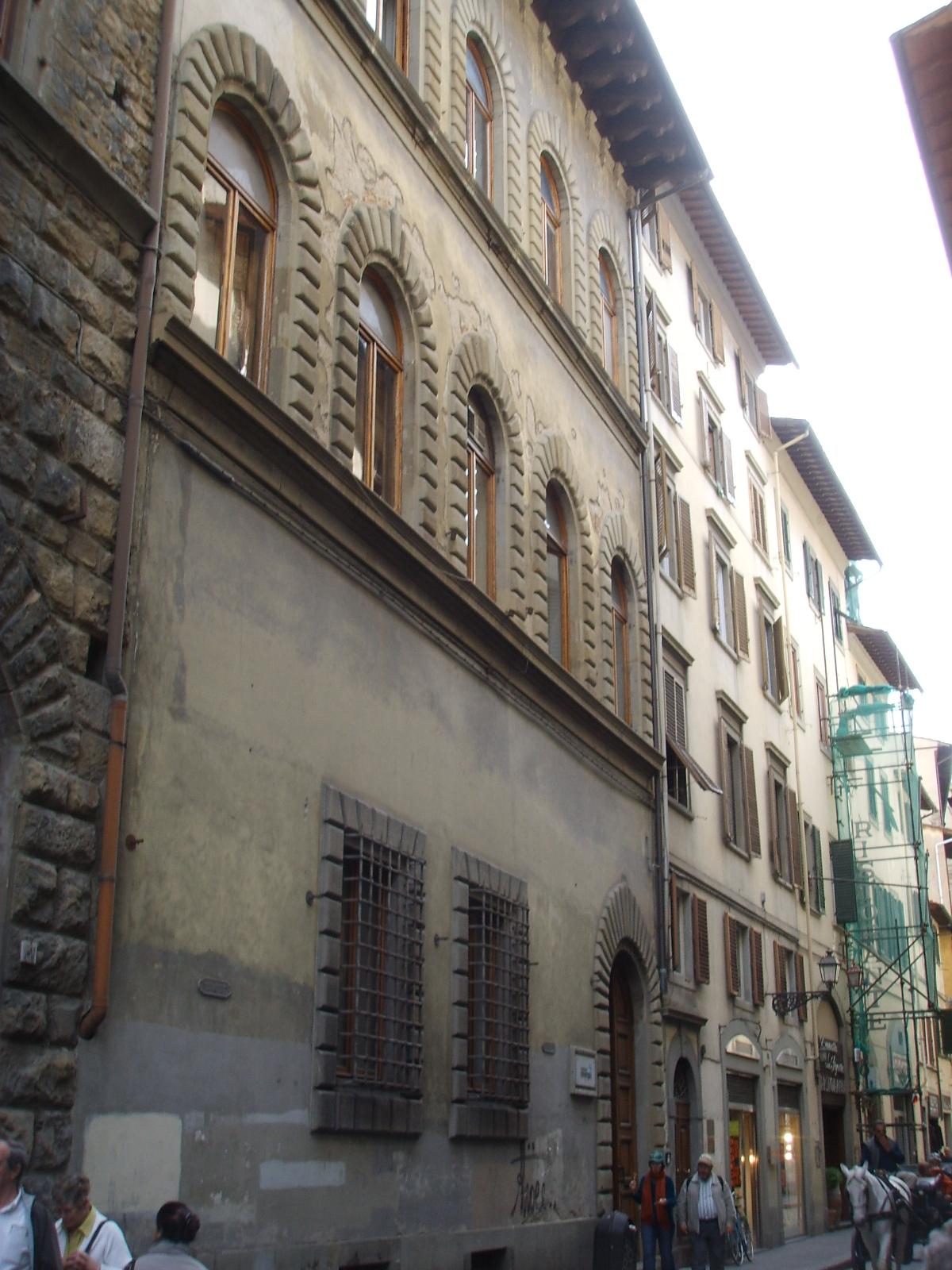 Palazzo bagnesi wikipedia for Palazzo a 4 piani