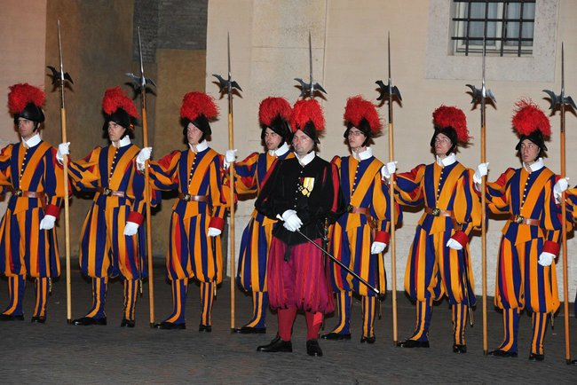 Pontifical Swiss Guards - 25 nov 2013